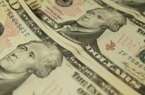 Dólar à vista inicia manhã abaixo dos R$ 5,00