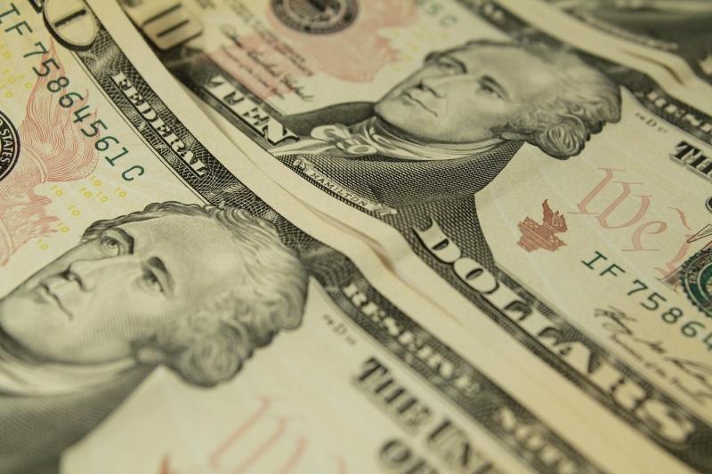 Às 10h07min, dólar à vista caía 0,77%, a R$ 4,993