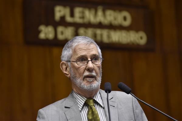 Ibsen foi responsável por abrir o processo de impeachment que destituiu Collor em 1992