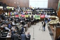 Deputados definem as sessões para votar pacote do governo Leite