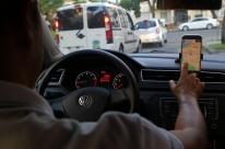TST rejeita vínculo de emprego de motorista com a Uber