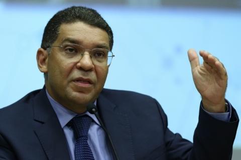 Brasil se preparou bem para lockdown por 3 meses, diz Mansueto