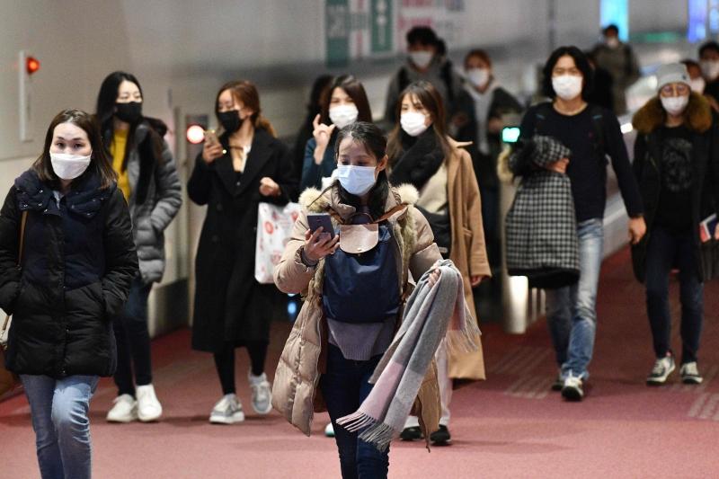 O novo coronavírus já deixou mais de 83 mil infectados e matou mais de 2.800 pessoas