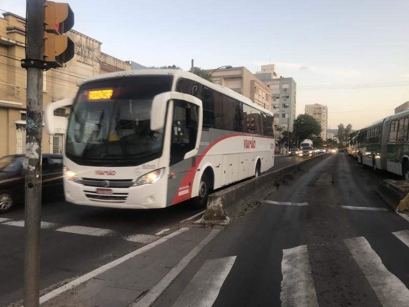 Linhas de ônibus como o de Viamão seriam alvo de uma cobrança uma vez ao dia, pelo menos