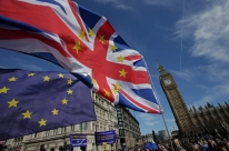 Barnier não descarta extensão de Brexit e critica negociações decepcionantes