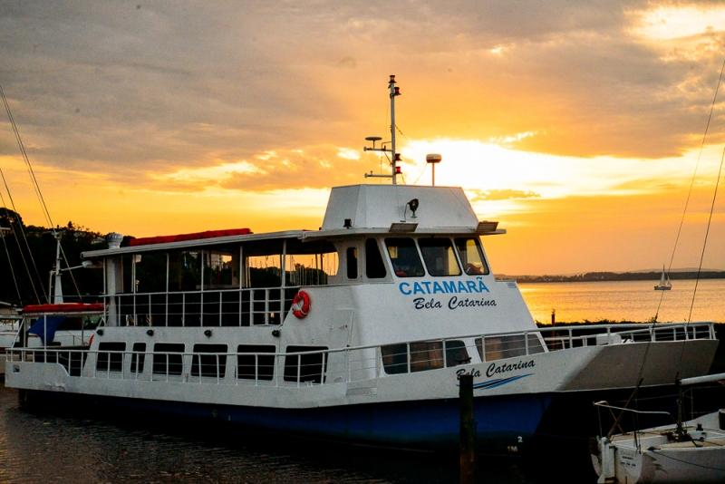 Barco Bela Catarina percorrerá o Guaíba em viagem guiada por uma hora e meia