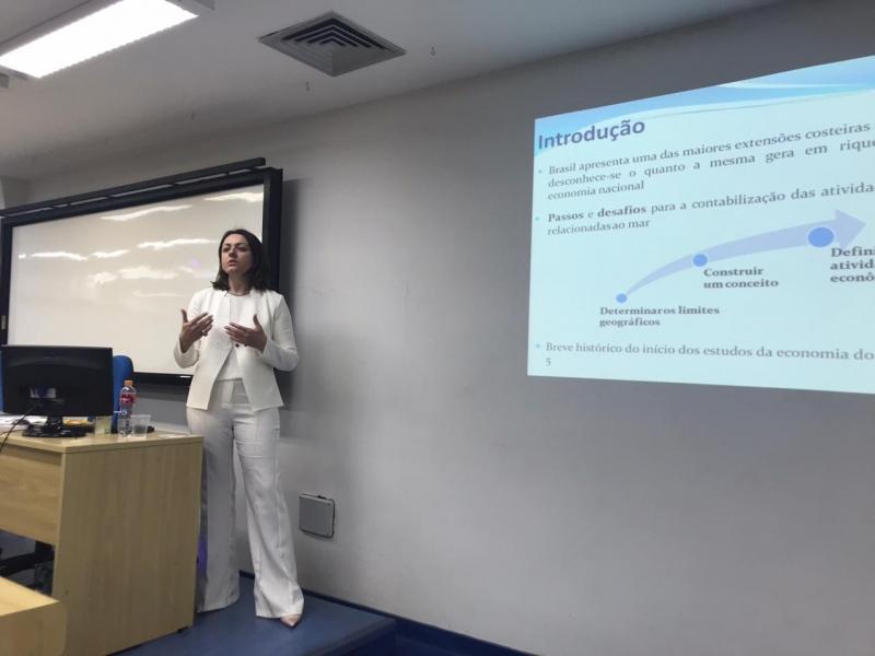 Andréa mapeou 280 municípios defrontantes ao mar no Brasil