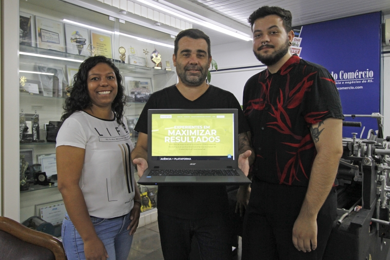 Alice Guedes, Adriano Lucas e Rodrigo Binkowski integram a empresa de marketing digital