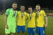 Renato ganha reforços para a equipe titular gremista