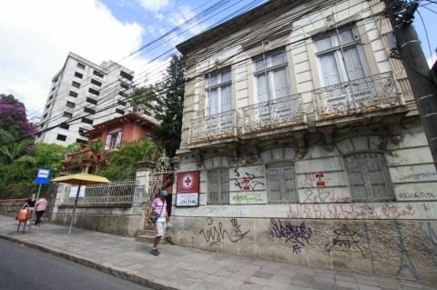 Sede da Cruz Vermelha em Porto Alegre será leiloada