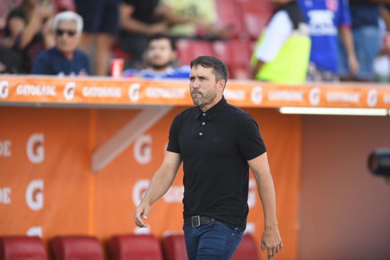 Treinador argentino pode promover mudanças no time para encarar os chilenos