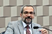 Ministro da Educação presta esclarecimentos sobre erros no Enem ao Senado