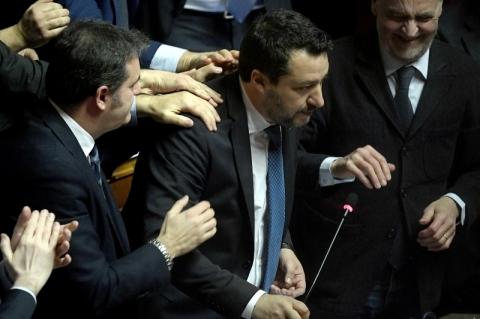 Senado italiano autoriza julgamento de ex-ministro ultranacionalista
