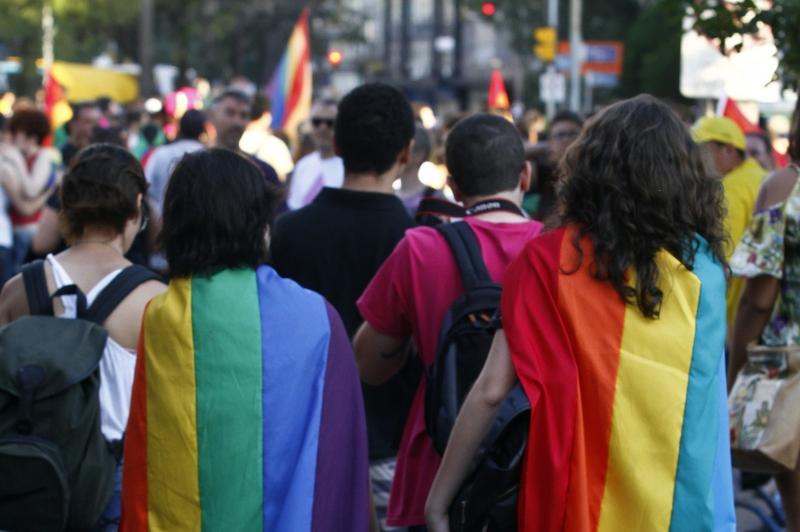 Por 6 votos a 3, Suprema Corte decidiu que trecho a=da Lei dos Direitos Civis se aplica a LGBTs
