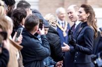 Príncipe William e Kate Middleton querem diminuir funções reais