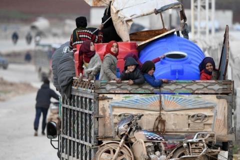 Desde dezembro, 800 mil sírios foram desalojados pela guerra