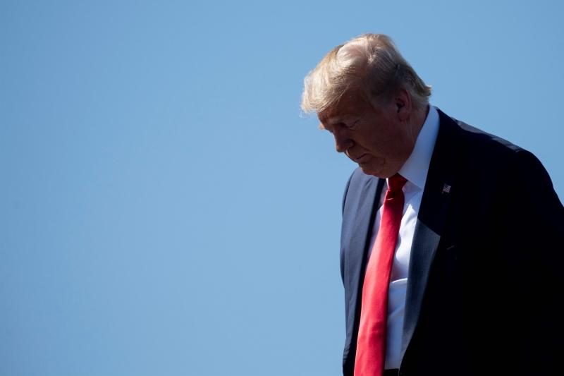 """Assessor de Comércio da Casa Branca intensificou as críticas a Pequim, que ele afirma ter """"gerado"""" o vírus"""