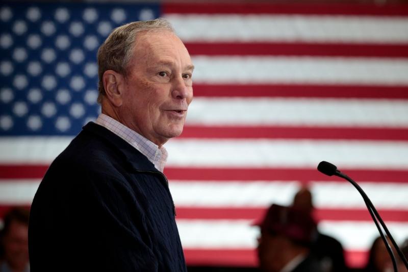 Fracasso de Biden alavancou candidatura de Bloomberg