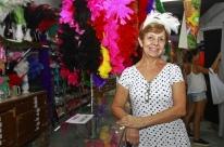 Carnaval aquece negócios no comércio de fantasias