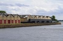 Cais Embarcadero está com obras paradas na quarentena