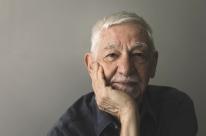 Escritor João Silvério Trevisan fala sobre seu romance mais recente