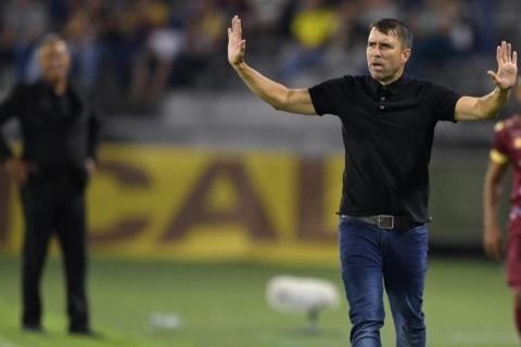 Inter busca vitória fora sobre o Coritiba para acalmar a torcida e evitar crise