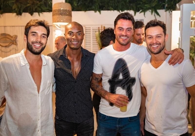 Tiago Barjona, Gabriel Paixão, Nicolas Aguiar e Marcos Florito na festa Flower Sweet