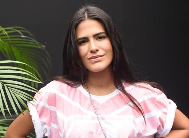 Antonia Moraes acompanhou a apuração das escolas do Rio no Camarote Allegria