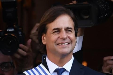 Lacalle Pou é empossado presidente no Uruguai