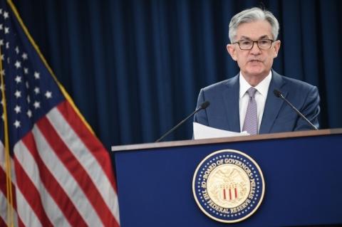 Dólar não perde posto de moeda global com EUA tendo instituições fortes, diz Fed