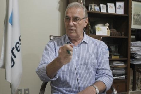 Leite deve liderar frente pela revisão da dívida, sugere Bernardi