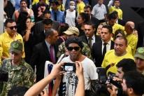 Promotor pede manutenção da prisão preventiva de Ronaldinho e Assis no Paraguai