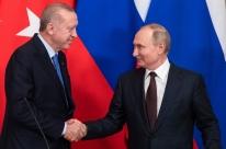 Rússia e Turquia anunciam cessar-fogo para evitar confronto na Síria