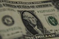 Dólar se aprecia ante rivais e emergentes, após semana de aversão ao risco