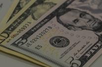 Bolsas de NY fecham em alta, com investidor de olho em negociações por pacote