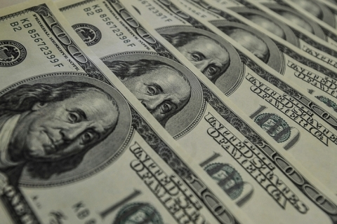 Bolsas de NY fecham em alta, apoiadas por quadro político nos EUA e sinais do Fed