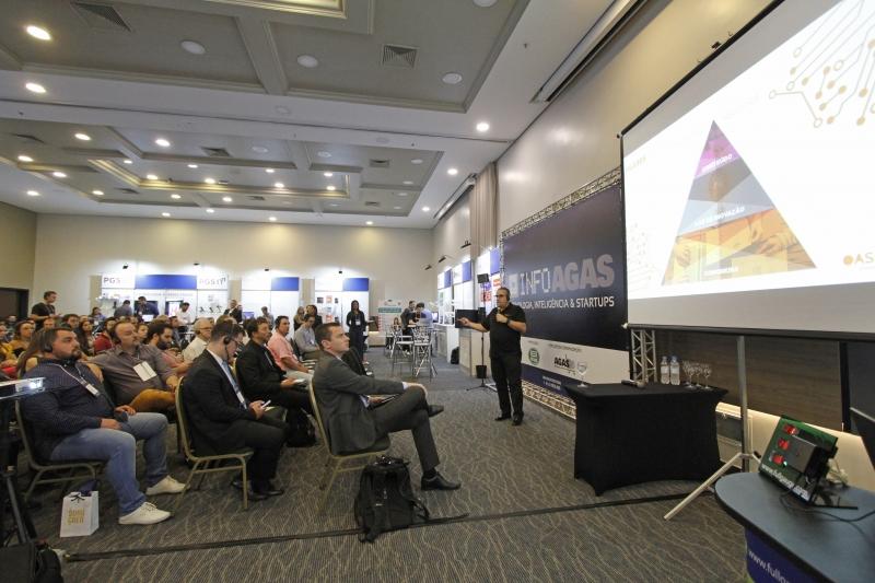 Evento da Agas contou com ciclo de palestras e uma feira de negócios