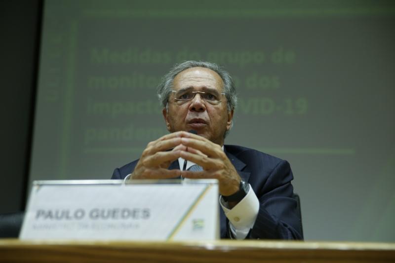 Guedes deve falar sobre as medidas do governo em relação aos impactos econômicos da Covid-19