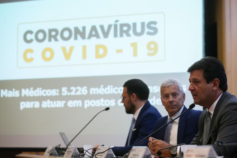 Ministro espera que 15% dos casos necessitem de atenção hospitalar