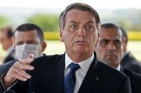Bolsonaro diz que hora de quem está 'se achando' vai chegar