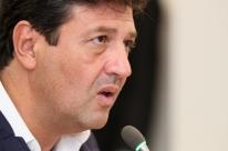 Ex-ministro Mandetta vai publicar livro pela Companhia das Letras