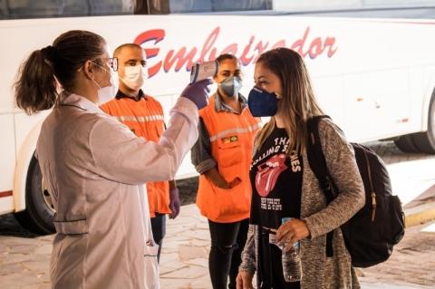 Rodoviária de Pelotas monta esquema para medir temperatura de passageiros