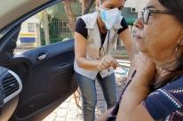 Porto Alegre vacina 70 mil idosos contra gripe em um dia; vacina pode esgotar nesta quinta