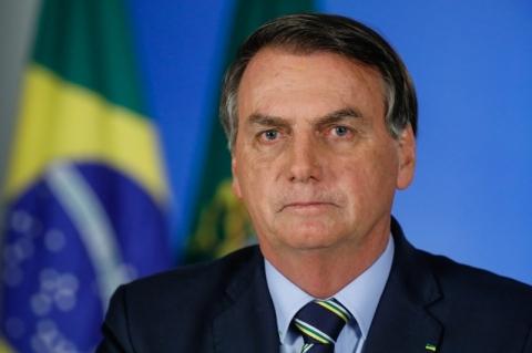 Para 51%, Bolsonaro mais atrapalha do que ajuda no combate ao vírus, diz Datafolha