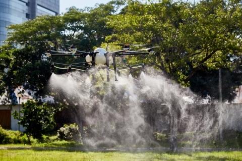 Porto Alegre testa drones pulverizadores para combater Covid-19