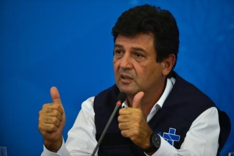 Aprovação do Ministério da Saúde sobe 21 pontos e é mais que o dobro da de Bolsonaro, diz Datafolha