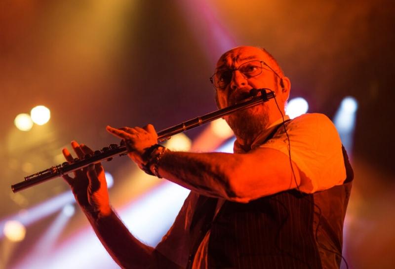 Grupo capitaneado por Ian Anderson teve turnê adiada por causa do coronavírus
