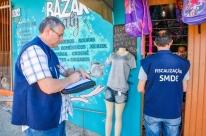 Fiscalização da prefeitura contra covid-19 inspeciona três bairros de Porto Alegre
