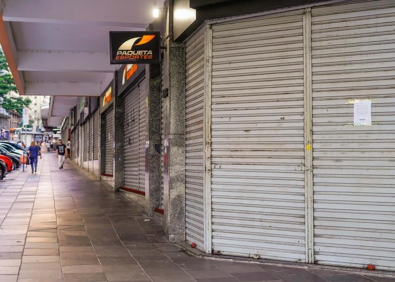 No Estado, 64% das lojas foram obrigadas a permanecer completamente fechadas