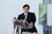 Maia diz em encontro com Bolsonaro que precisam 'encontrar pontos' que os unem